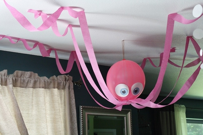 14 Stunning Classroom Decorating Ideas to Make Your Classroom Sparkle Hanging Under the Sea Octopus, Fish and Seaweed - Teach Junkie