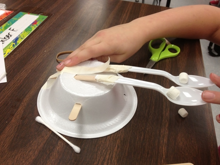 24 Elementary Force and Motion Experiments and Activities -Create catapults to explore how to make simple machines