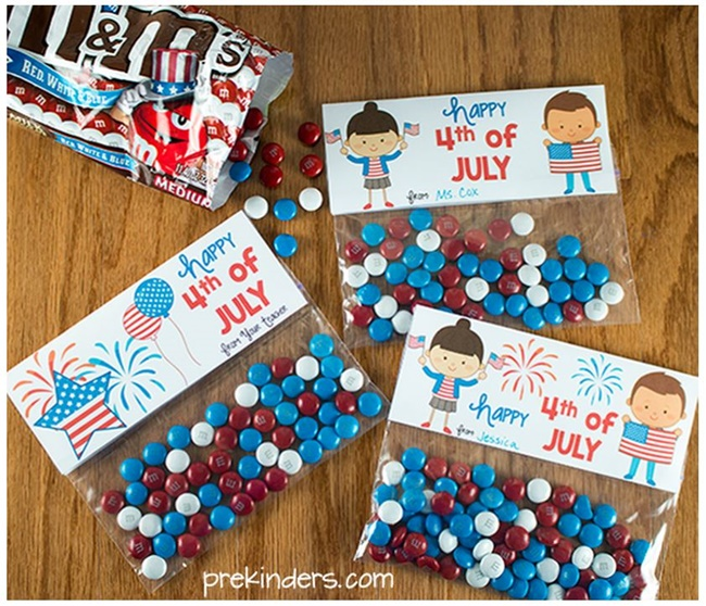 8 Fast and Friendly Patriotic Freebies - Teach Junkie - 4th of July Treat Bag Toppers
