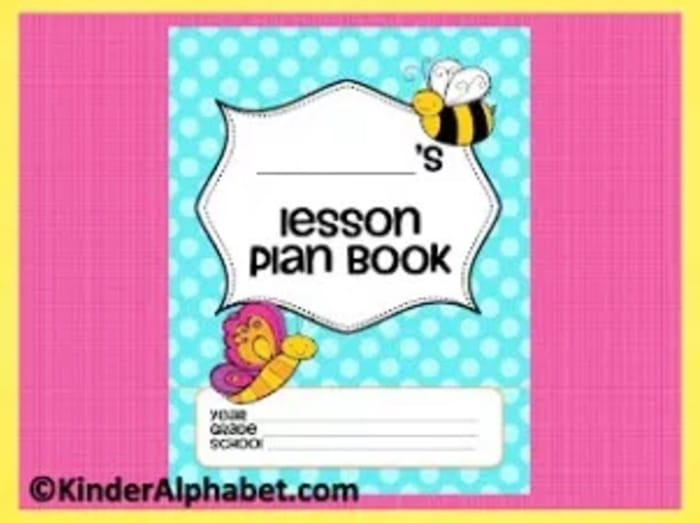 6 Back to School Freebies - Lesson Plan Book