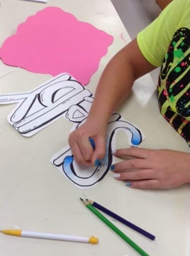 How to Draw Graffiti Art Project - Teach Junkie